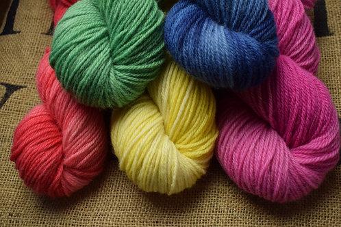 Hand dyed Dartmoor Merino Dk 100g Single Colours