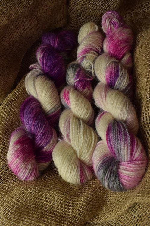 Hand dyed Masham Dk 100g - 'Rasberry Ripple'