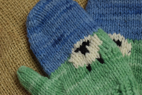 Sheep Mitts - hand made mitts with sheep details