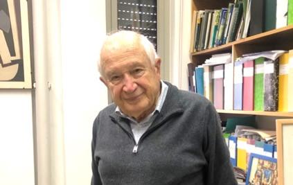ラファエル・メコーラム教授