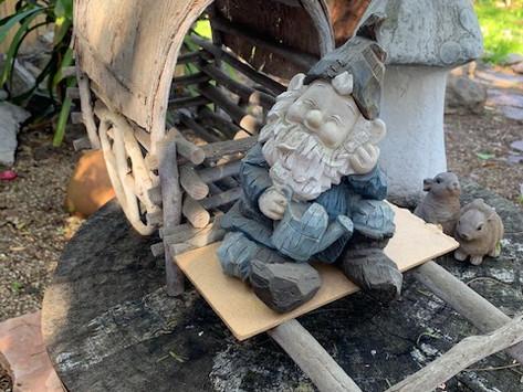SHARING SECRETS: Gnome Sweet Gnome