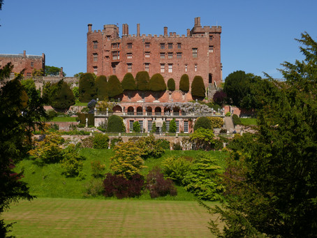 MY LIFE WITH PLANTS: Powis Castle Garden
