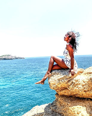 ☀️ Misconceptions About Solo Female Travel☀️