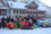 Vrienden skieen in Oostenrijk