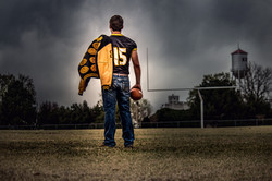 football player back to camera