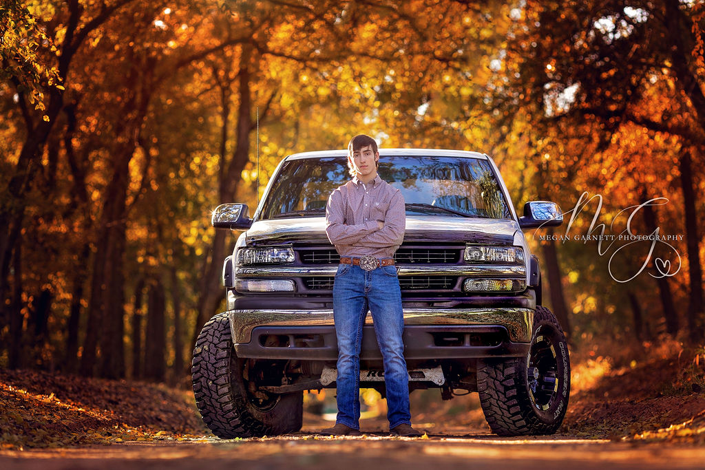 Senior and Truck Fall Photography