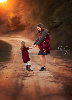 Stunning Mother Daughter Portraits