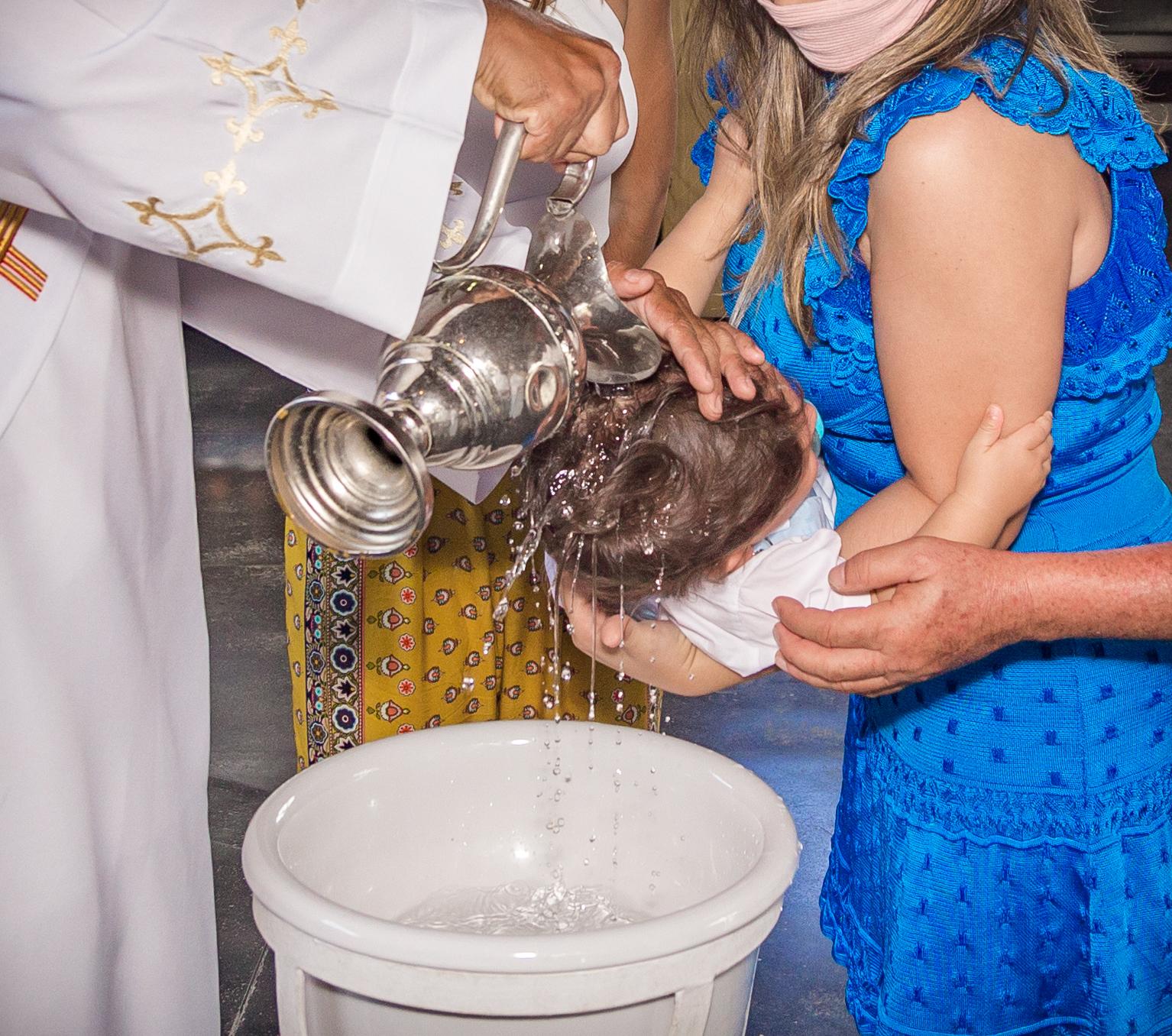 Cobertura de Eventos de Família Batizados