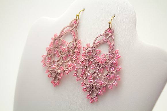 Mary Earring in Pink