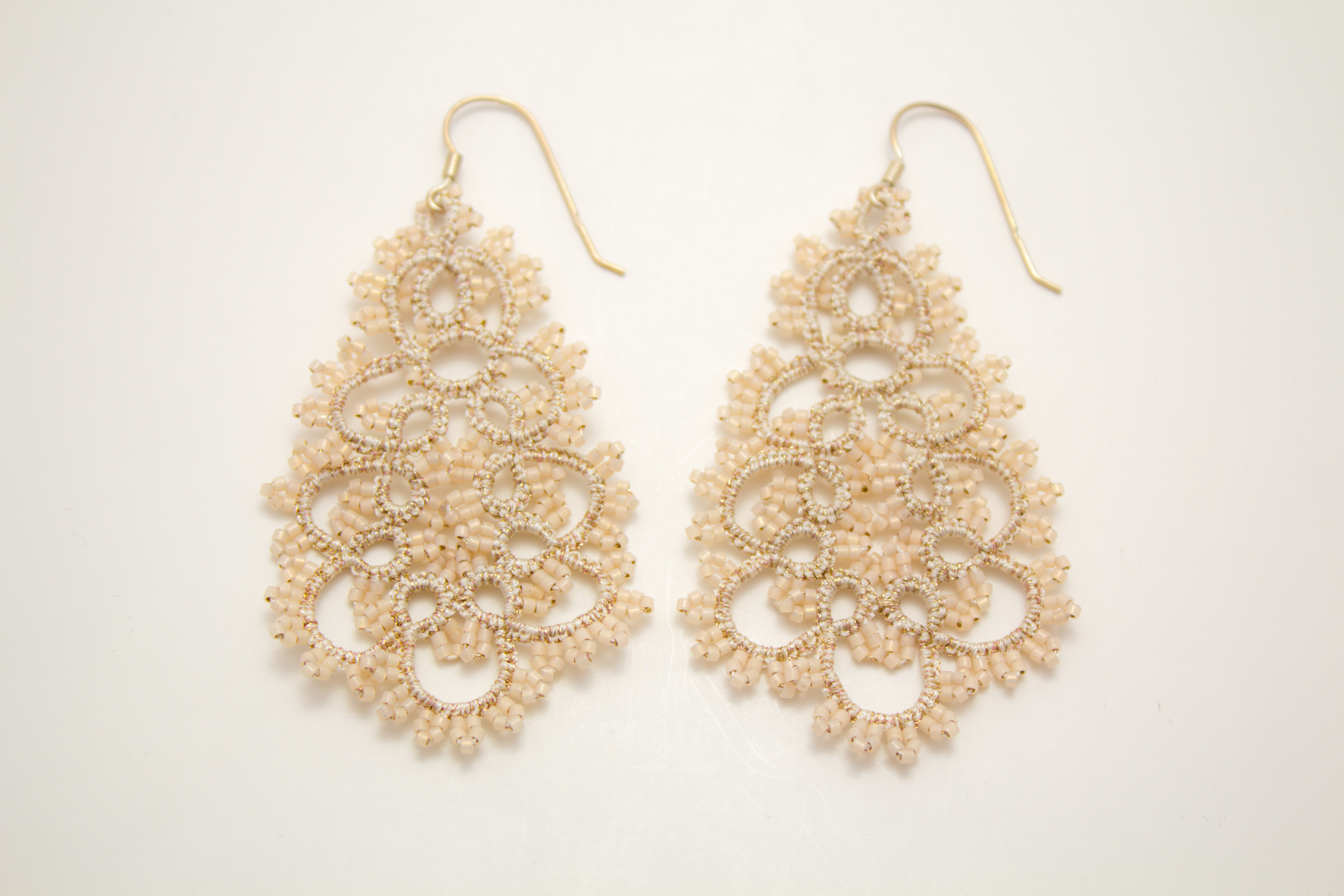 Classic Pearl Earrings 1