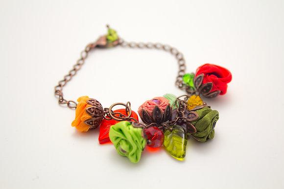 Red/Green Rosebuds Bracelet