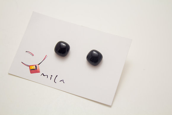 Small Square Earrings in Black