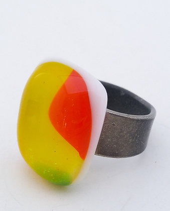 Yellow with Detail Ring