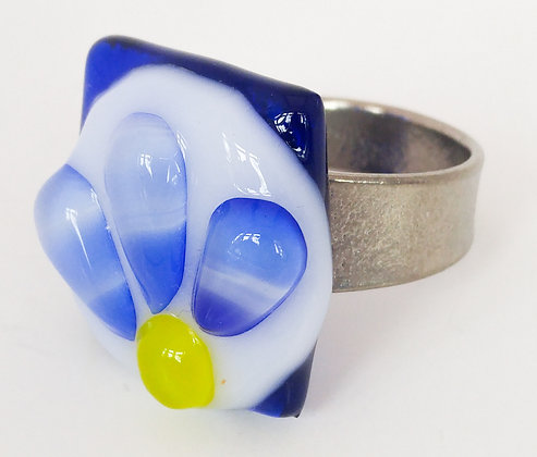 Blue Daisy Ring