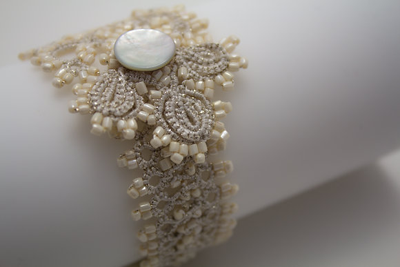 Corsica Bracelet in Pearl