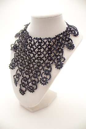 Marquise Necklace in Black