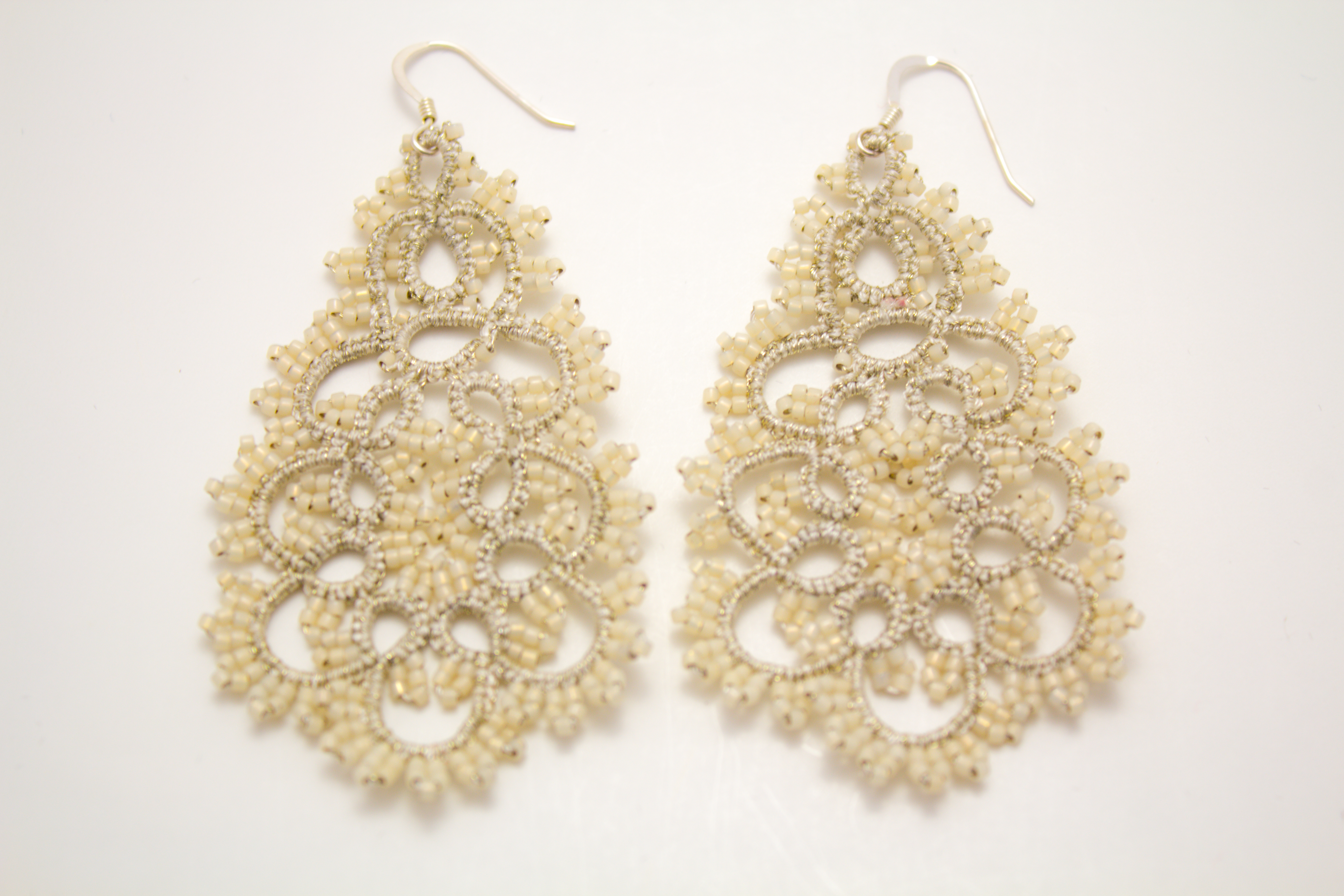 Classic Pearl Earrings 2