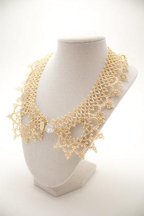 W125 Collar Necklace in Cream
