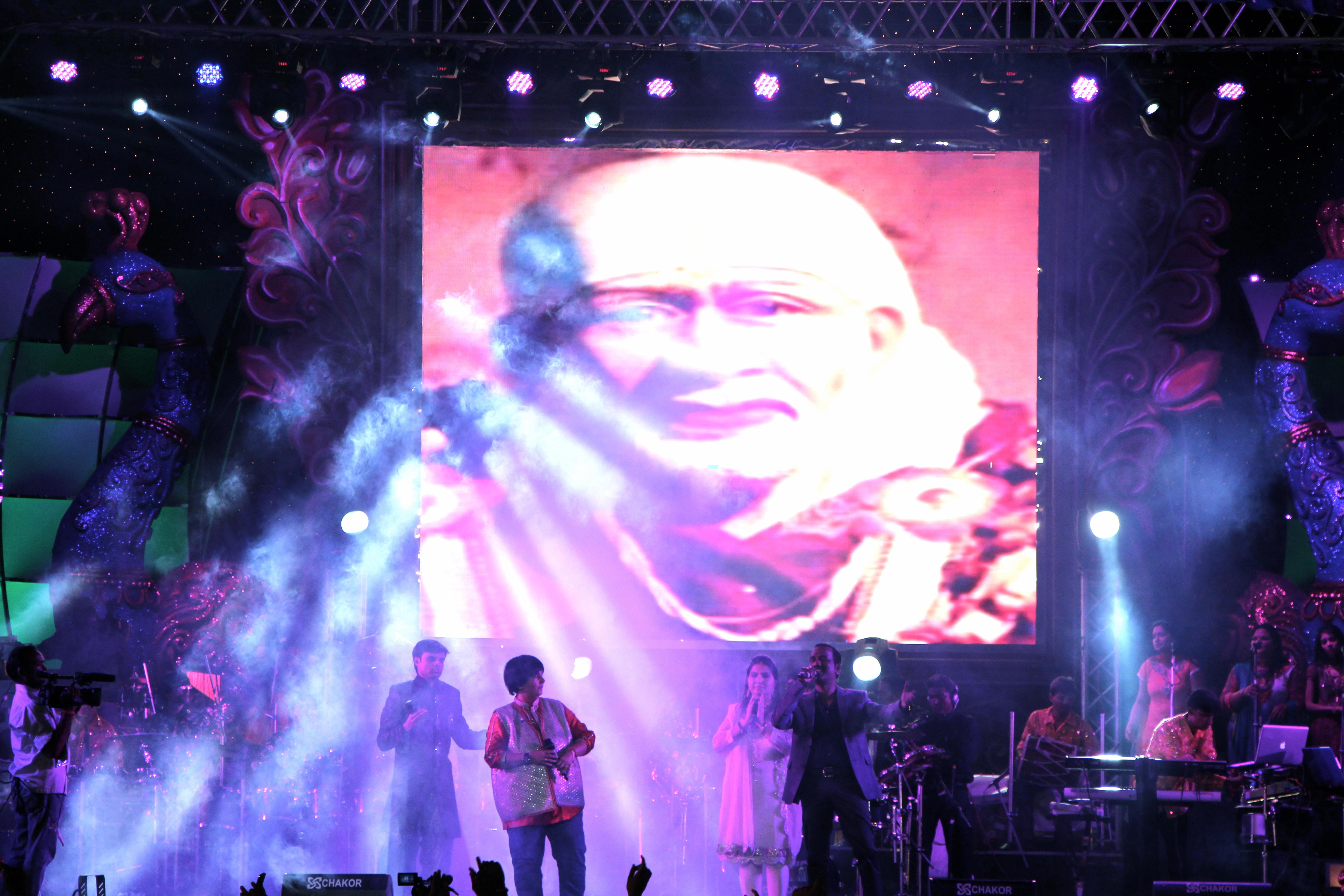 Falguni Pathak Navratri Utsav 2012