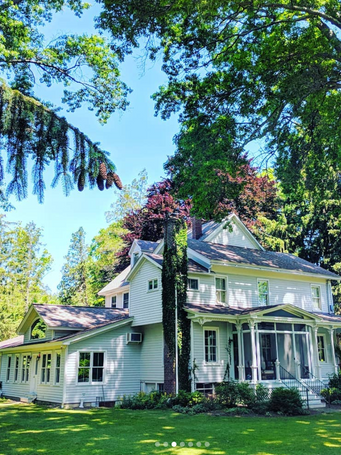 Shady Lawn House