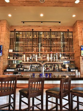 bar-wine-rossmedia-photography_editedjp