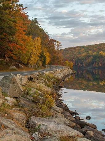 seven_lakes_drive_along_lake_askoti_3jp
