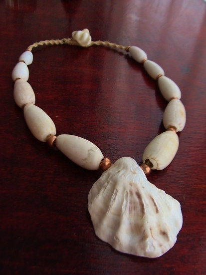 Macrame Chunky Natural Tumbled Shell Necklace