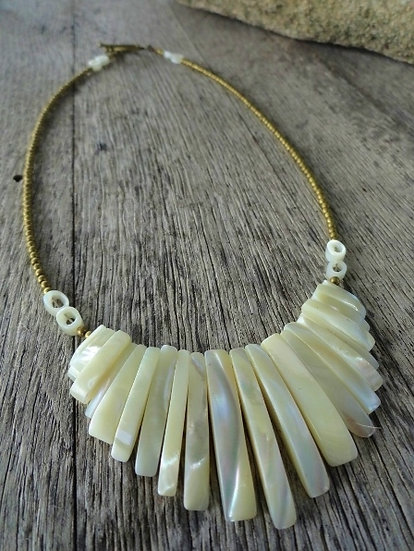 Graduating Mother of Pearl Natural Shell Necklace