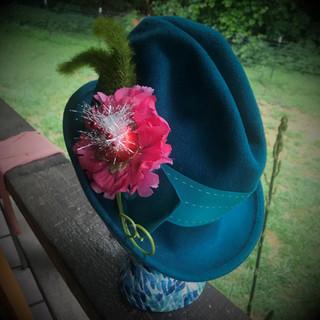 dr. Suess hat (4a).jpg