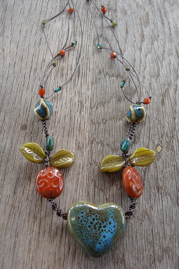 Non-Metal Macrame Ceramic Heart Pendant Necklace
