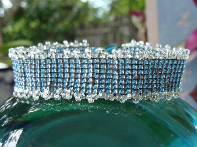 Chic Bio-luminescent Aqua Wide Glass Bead Bracelet