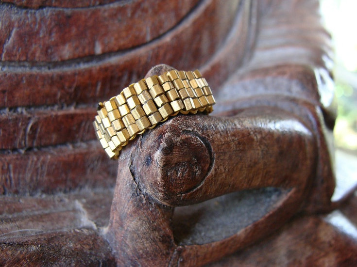 Chic Metallic Gold Beaded Glass Bead Ring