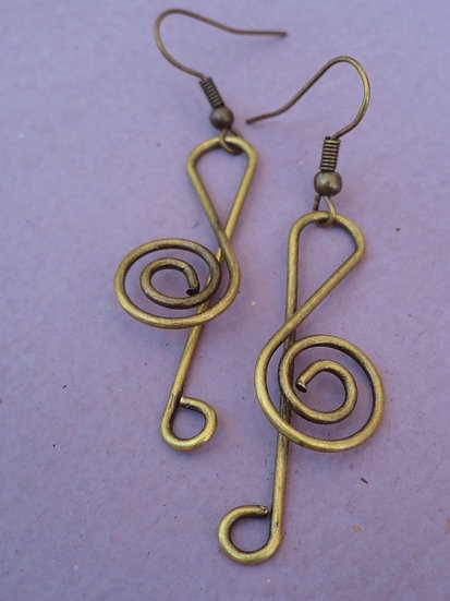Affordable Brass Metal Musical Clef Earrings