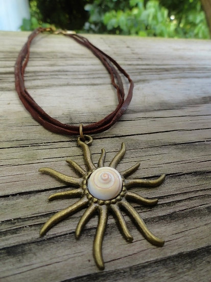 Natural Shell & Brass Sun Pendant Necklace