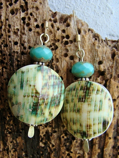 Affordable Green Large Drop Natural Shell Earrings