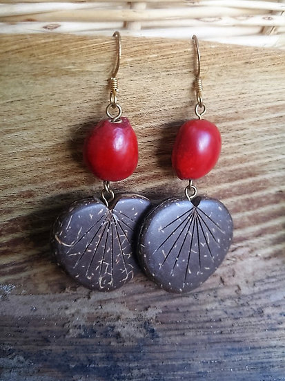 Large Dangle Seed & Coconut Heart Natural Earrings