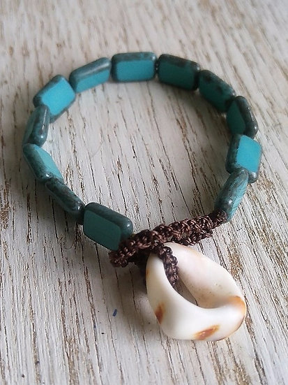 natural shell & turquoise glass bead bracelet