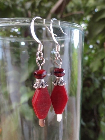 Small Drop Chic Red Glass Bead Earrings