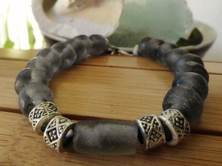 Chunky Chic Gray Recycled Glass Bead Bracelet