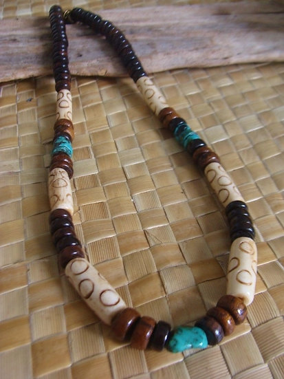 bone wood & turquoise stone surf necklace