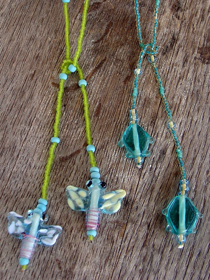 NonMetal Aqua Fish Glass Bead Lariat Kid Necklace