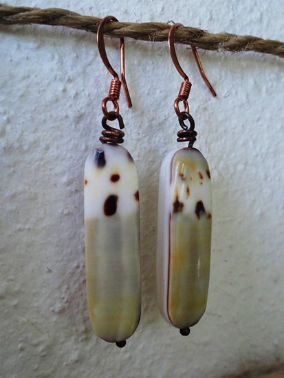 Affordable Small Drop Natural Shell Earrings
