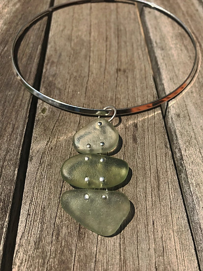 green sea glass choker necklace