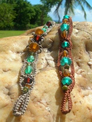 Aqua & Gold Chic Glass Bead Nonmetal Macrame Bracelets