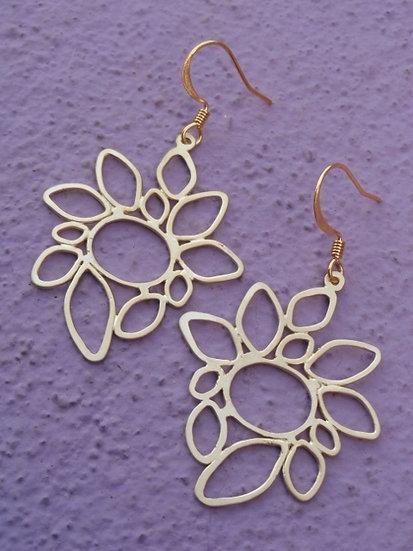 Chic Matte Gold Flower Earrings