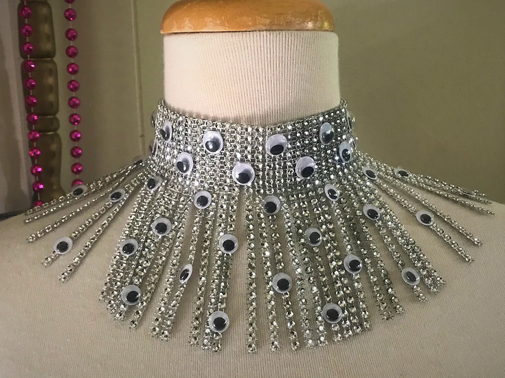 faux diamond googley eye choker necklace