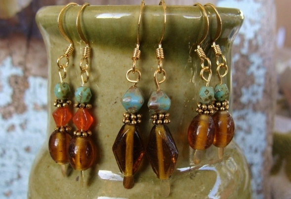Chic Small Dangle Gold Glass Bead Earrings