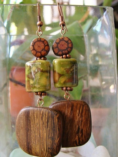 Ceramic Bead & Ayahuasca Wood Natural Earrings