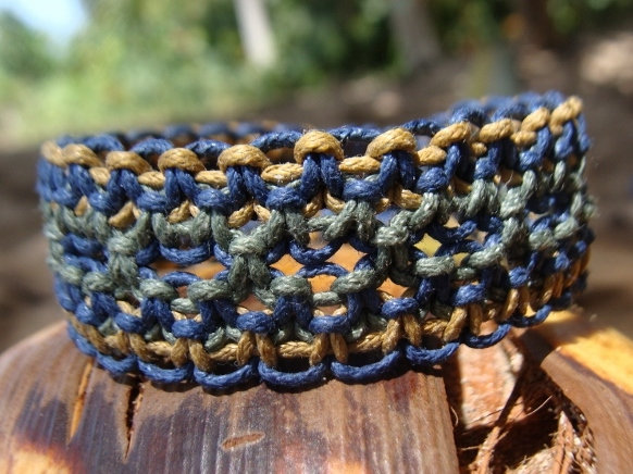 blue macrame surf bracelet