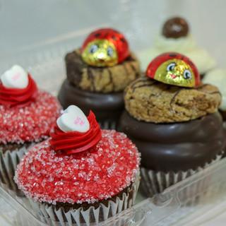 Valentines Day Cupcakes 49CD4B2A-326E-4F